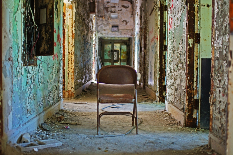 abandoned chair in an abandoned building